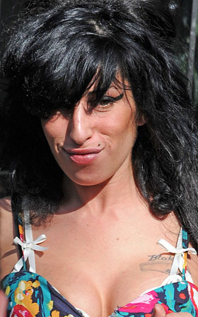 Amy Winehouse, pictures, picture, photos, photo, pics, pic, images, image, hot, sexy, latest, new