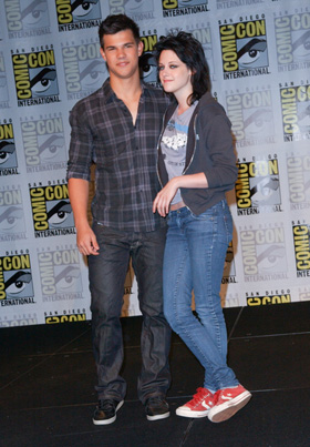 Taylor Lautner, Kristen Stewart, pictures, picture, photos, photo, pics, pic, images, image, hot, sexy, latest, new