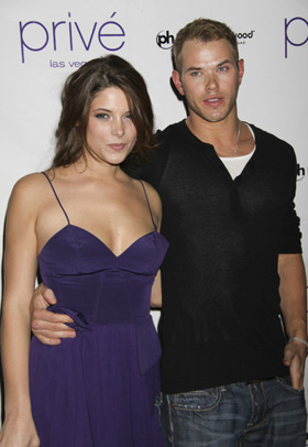 Ashley Greene, Kellan Lutz, Twilight, Breaking Dawn, movie, film, contract, dispute, pictures, picture, photos, photo, pics, pic, images, image, hot, sexy, latest, new, 2010