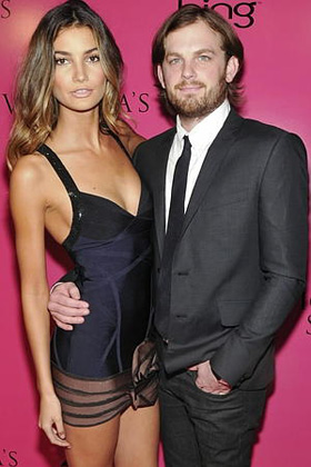 Caleb Followill, girlfriend, Lily Aldridge, engaged, engagement, dating, wedding, pictures, picture, photos, photo, pics, pic, images, image, hot, sexy, latest, new, 2010