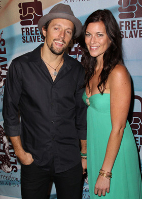 Whos dating jason mraz