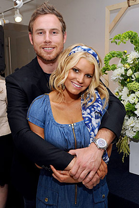 Jessica Simpson, Eric Johnson, engaged, engagement, wedding, pictures, picture, photos, photo, pics, pic, images, image, hot, sexy, latest, new, 2010