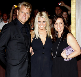 Joe Simpson, Jessica Simpson, Tina Simpson, Eric Johnson, engaged, engagement, wedding, pictures, picture, photos, photo, pics, pic, images, image, hot, sexy, latest, new, 2010
