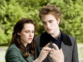 Twilight, New Moon, Eclipse, trailer, Kristen Stewart, Robert Pattinson, pictures, picture, photos, photo, pics, pic, images, image, hot, sexy, latest, new, 2010