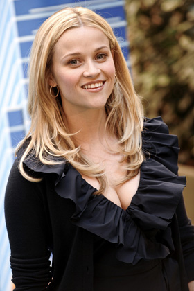 Reese Witherspoon, boyfriend, Jim Toth, dating, engaged, engagement, rumors, pictures, picture, photos, photo, pics, pic, images, image, hot, sexy, latest, new, 2010