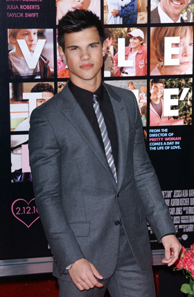 Taylor Lautner, pictures, picture, photos, photo, pics, pic, images, image, hot, sexy, latest, new, 2011