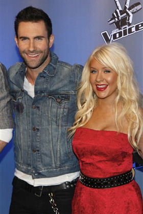 Christina Aguilera, Adam Levine, pictures, picture, photos, photo, pics, pic, images, image, hot, sexy, latest, new, 2011