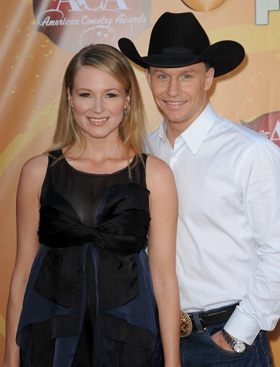 Jewel, Ty Murray, baby, pictures, picture, photos, photo, pics, pic, images, image, hot, sexy, latest, new, 2011