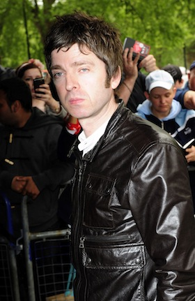 Noel Gallagher, pictures, picture, photos, photo, pics, pic, images, image, hot, sexy, latest, new, 2011