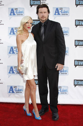 Tori Spelling, Dean McDermott, pictures, picture, photos, photo, images, image, pics, pic, anorexia, eating disorder, diet, workout, weight loss, rumors, news