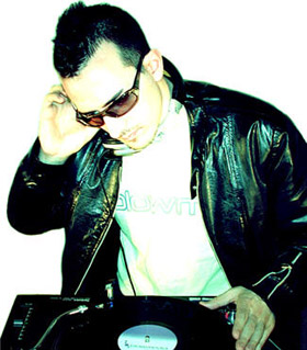 DJ Hatiras, pictures, picture, photos, photo, pics, pic, images, image, music, albums, remixes, interviews