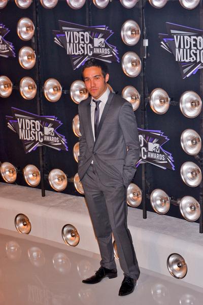 Pete Wentz Pictures: MTV Video Music Awards (VMAs) 2011 Red Carpet Photos, Pics