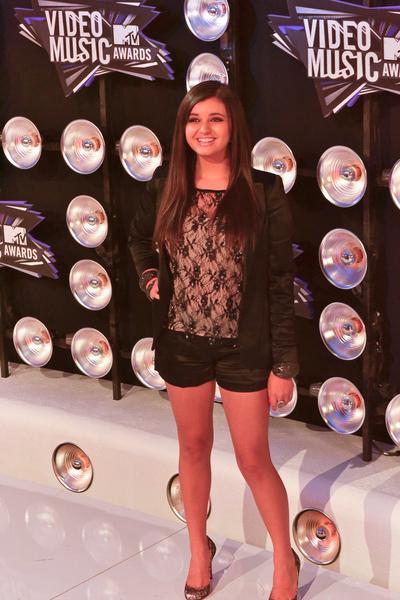 Rebecca Black Pictures: MTV Video Music Awards (VMAs) 2011 Red Carpet Photos, Pics