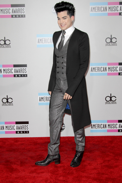 Adam Lambert Pictures: American Music Awards 2011 Red Carpet Photos, Pics