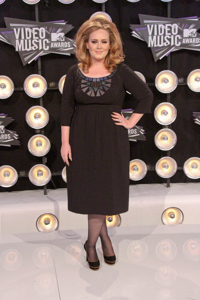 Adele Pictures: MTV Video Music Awards (VMAs) 2011 Red Carpet Photos, Pics