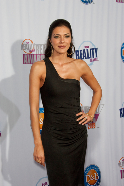 Adrianne Curry Hot Style Pictures: Fox Reality Channel Really Awards 2009 Red Carpet Photos