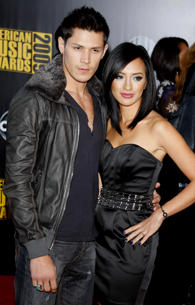 Alex Meraz and Wife Kim Pictures: American Music Awards ...