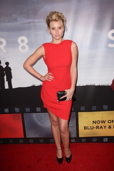 Alyson Michalka Hot Style Pictures: Super 8 Blu-Ray and DVD Release Party Photos, Pics