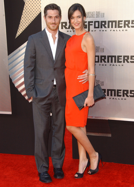 Dave Annable and Odette Yustman Pictures  Transformers  Revenge of the    Odette Annable Transformers