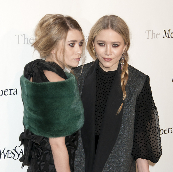 Ashley Olsen and Mary-Kate Olsen Pictures: Rossini's 'Le Comte Ory' Gala Premiere Photos, Pics