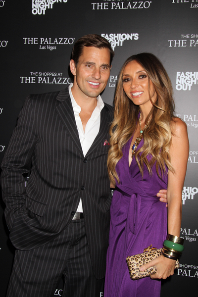 Bill Rancic and Guiliana Rancic Pictures: Fashion&#039;s Night Out Las Vegas 2011 Photos, Pics