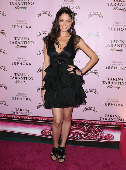 Blanca Soto Hot Style Pictures: Tarina Tarantino Beauty Launch at Sephora Photos