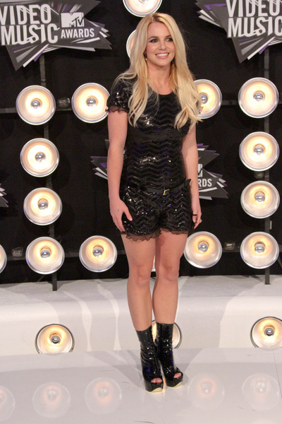 Britney Spears Pictures: MTV Video Music Awards (VMAs) 2011 Red Carpet Photos, Pics