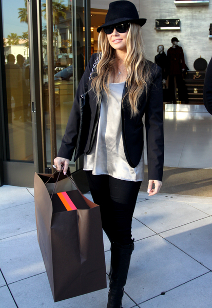 Carmen Electra Pictures: Rodeo Drive Sightings December 20, 2011 Photos, Pics