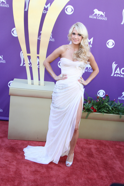 Carrie Underwood Hot Style Pictures: Academy of Country Music (ACM) Awards 2012 Photos, Pics