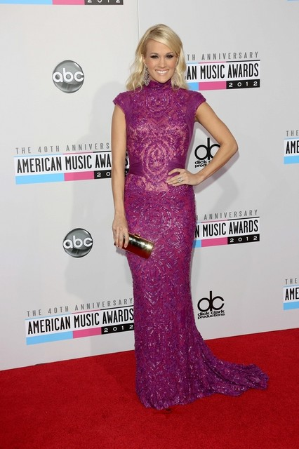 Carrie Underwood Pictures: American Music Awards (AMAs) 2012 Red Carpet Photos, Pics