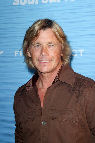 Christopher Atkins Pictures: Soul Surfer Movie Premiere Photos, Pics