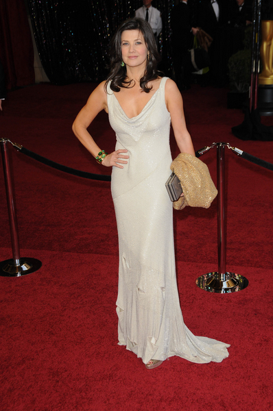 Daphne Zuniga Oscars 2011 Pictures: 83rd Academy Awards Red Carpet Photos, Pics