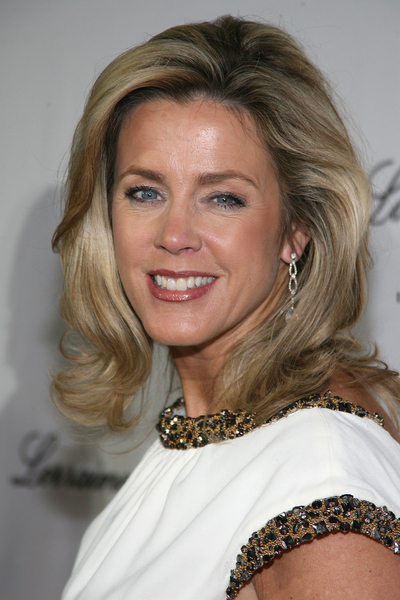 Deborah Norville Pictures: Angel Ball 2009 Red Carpet Photos