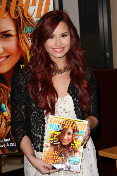 Demi Lovato Pictures: Seventeen Magazine Cover Issue Photos, Pics