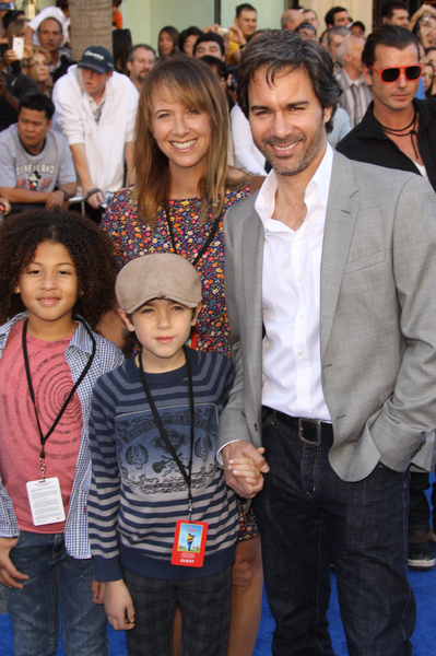 Eric Mccormack And Janet Holden Gallery Pictures Photos Pics Hot Sexy Galleries Fashion Style Hair Hairstyles New Latest Everything you need to know about janet holden. 2