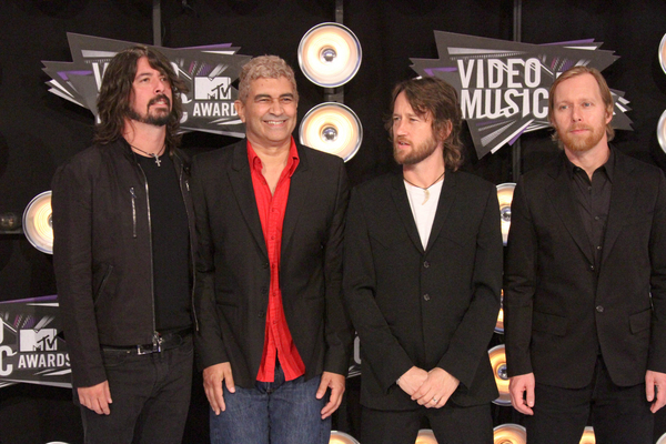Foo Fighters Pictures: MTV Video Music Awards (VMAs) 2011 Red Carpet Photos, Pics