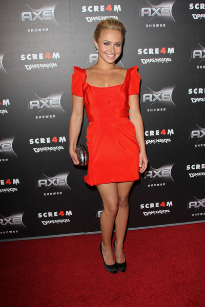 Hayden Panettiere Hot Style Pictures: Scream 4 Movie Premiere Photos, Pics
