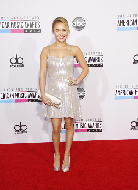Hayden Panettiere Hot Style Pictures: American Music Awards (AMAs) 2012 Red Carpet Photos, Pics