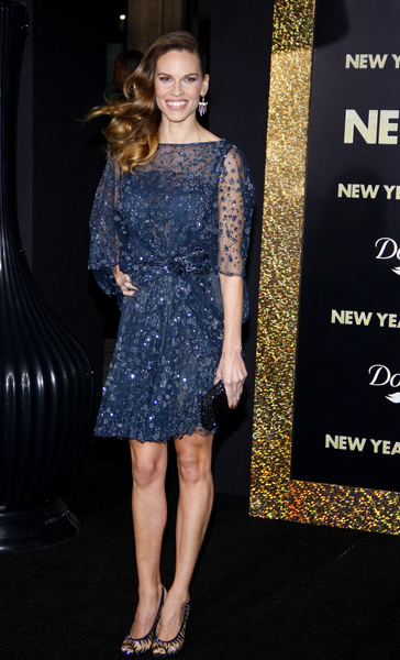 Hilary Swank Pictures: New Year's Eve Movie Premiere Photos, Pics