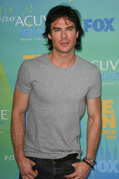 Ian Somerhalder Pictures: Teen Choice Awards 2011 Red (Blue) Carpet Photos, Pics