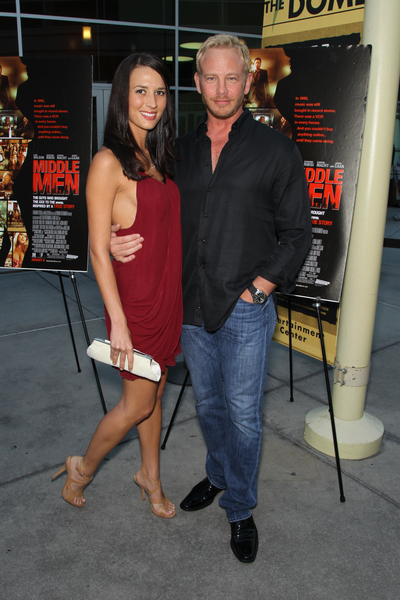 Ian Ziering And Wife Erin Kristine Ludwig Pictures Middle