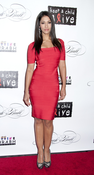 Janina Gavankar Hot Style Pictures: Keep A Child Alive Black Ball 2011 Photos, Pics