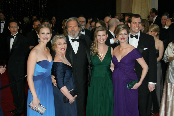 Jeff Bridges Oscars 2011 Pictures: 83rd Academy Awards Red ...