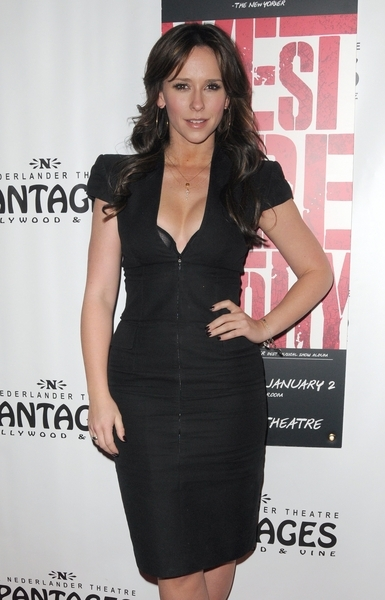 Jennifer Love Hewitt Hot Style Pictures: West Side Story Pantages Theatre Photos and Pics