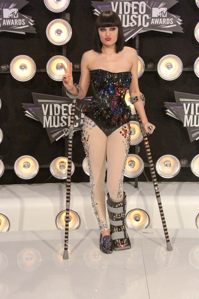Jessie J  Pictures: MTV Video Music Awards (VMAs) 2011 Red Carpet Photos, Pics