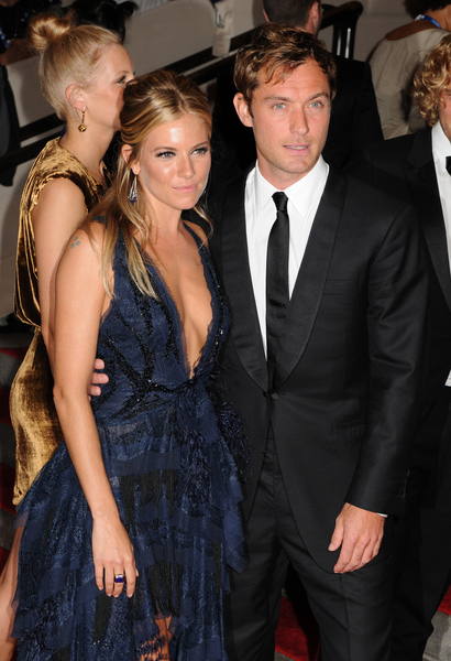 Jude Law and Sienna Miller Pictures: Met Costume Institute Gala Benefit 2010 Red Carpet Photos and Pics