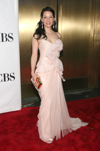 Lucy Liu Hot Style Pictures: Tony Awards 2010 Red Carpet Photos and Pics