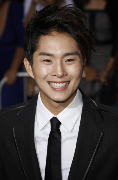 Justin Chon Pictures: The Twilight Saga: New Moon Los ...