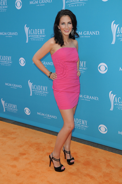 Katie Armiger ACM Awards 2010 Pictures: 45th Annual Academy of Country Music Awards Red Carpet Photos and Pics