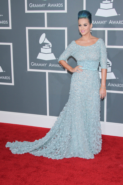 Katy Perry Pictures: Grammy Awards (Grammys) 2012 Red Carpet Photos, Pics